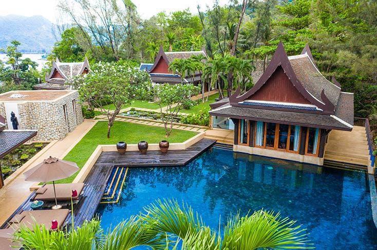 villa phuket beachfront ราคาแพงไหม